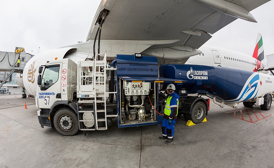 GAZPROM NEFT STARTED REFUELLING AEROFLOT IN CHINA